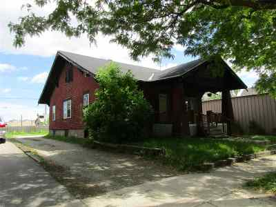 Green Bay Single Family Home Active-Offer No Bump: 1215 Broadway