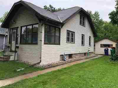 Green Bay Single Family Home Active-No Offer: 1011 Howard