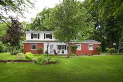 Appleton Single Family Home Active-No Offer: 19 Meadowbrook