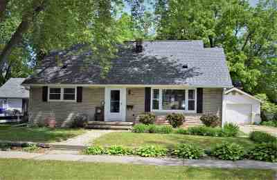 Kaukauna Single Family Home Active-No Offer: 308 13th