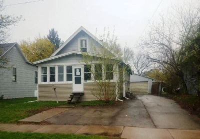 Neenah Single Family Home Active-No Offer: 509 Division