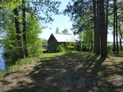Oconto County Single Family Home Active-No Offer: 16695 Nicolet