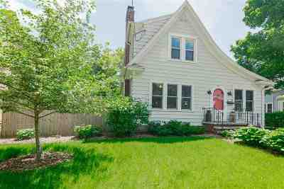 Appleton Single Family Home Active-No Offer: 1013 E North