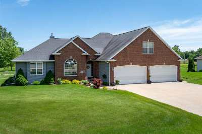 Oshkosh Single Family Home Active-No Offer: 4638 Stonefield