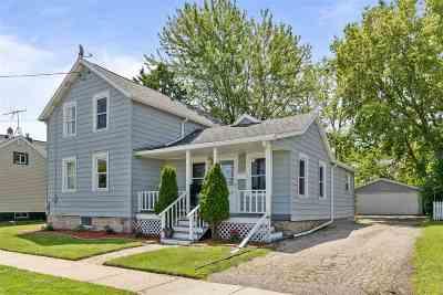 Neenah Single Family Home Active-No Offer: 318 Smith