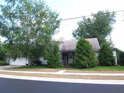 Gillett Single Family Home Active-No Offer: 120 S Birch