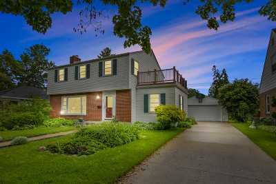 Appleton Single Family Home Active-No Offer: 211 E Pershing