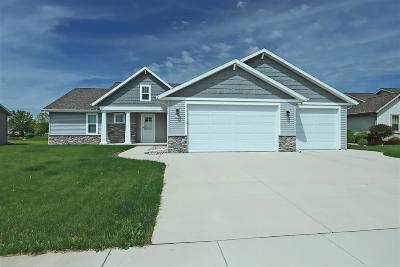 Oshkosh Single Family Home Active-No Offer: 2425 Shore Preserve
