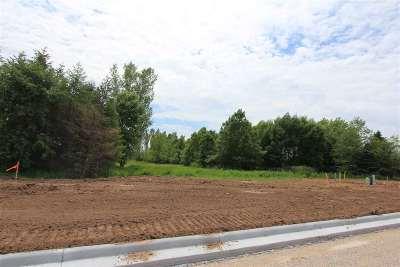 De Pere Residential Lots & Land Active-No Offer: 2655 Scarlet Oak