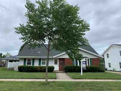 Appleton Single Family Home Active-No Offer: 426 W Michigan