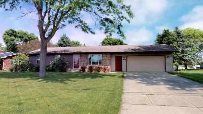 Green Bay Single Family Home Active-Offer No Bump: 2253 Skyview