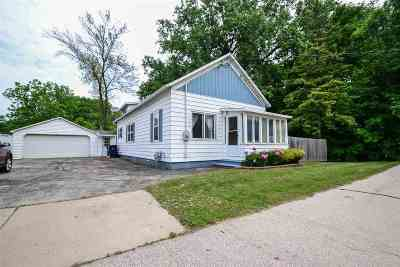 Howard, Suamico Single Family Home Active-No Offer: 1386 Riverside