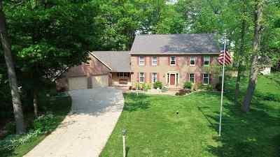 Appleton Single Family Home Active-No Offer: N3046 Rip Van Winkle