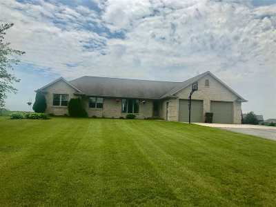 Pulaski WI Single Family Home Active-Offer No Bump: $329,000