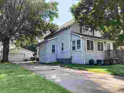 Combined Locks Single Family Home Active-No Offer: 205 Williams
