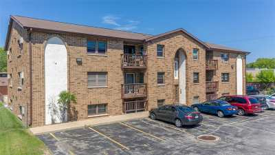 Neenah Condo/Townhouse Active-Offer No Bump: 1161 Gillingham #12A