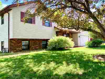Appleton Single Family Home Active-Offer No Bump: 3041 W Roselawn