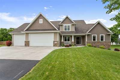 Neenah Single Family Home Active-Offer No Bump-Show: 122 Kuettel