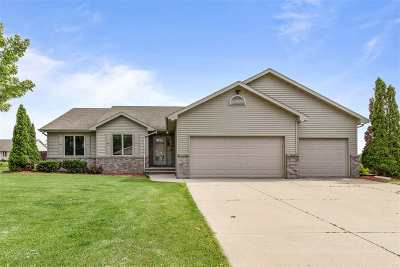 Appleton Single Family Home Active-Offer No Bump: 1417 W Brickstone