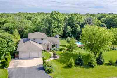 Neenah Single Family Home Active-Offer No Bump: 3571 Golf Wood