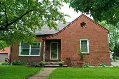 Menasha Single Family Home Active-Offer No Bump: 708 State