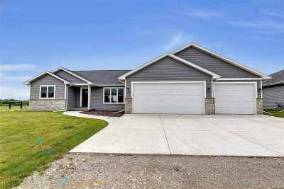 Menasha Single Family Home Active-Offer No Bump: W6055 Zach