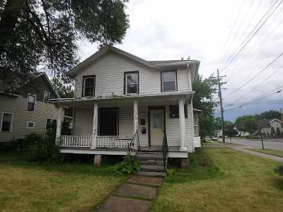 Neenah Multi Family Home Active-No Offer: 312 Oak
