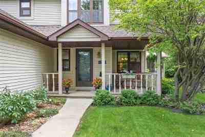Menasha Single Family Home Active-Offer No Bump: 1424 Circle