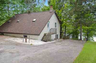 Coleman Single Family Home Active-No Offer: 10733 E Rost Lake