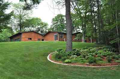 Oconto County Single Family Home Active-Offer No Bump: 5893 S Wedgewood