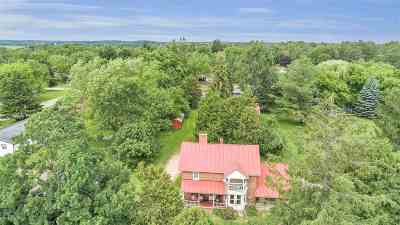 Waupaca Single Family Home Active-No Offer: 800 Wesley