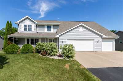 Suamico Single Family Home Active-Offer No Bump: 3250 Longview