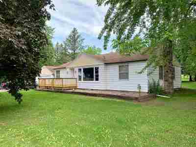 Shawano Single Family Home Active-No Offer: W6882 Hwy B