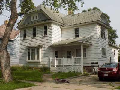 Appleton Multi Family Home Active-No Offer: 920 E Eldorado