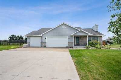 Seymour Single Family Home Active-Offer No Bump: W3033 Center Valley