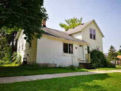 Kaukauna Single Family Home Active-No Offer: 429 Klein