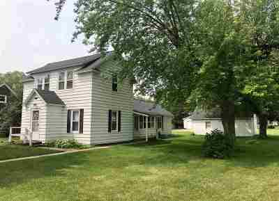 Peshtigo Single Family Home Active-Offer No Bump: 301 S Peck