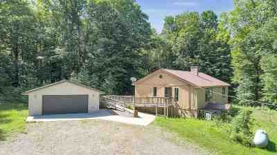 Oconto County Single Family Home Active-No Offer: 16375 Timber Edge