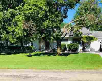 Oshkosh Single Family Home Active-No Offer: 4099 Nielsen