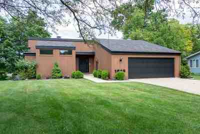 Kimberly WI Single Family Home Active-Offer No Bump: $289,000
