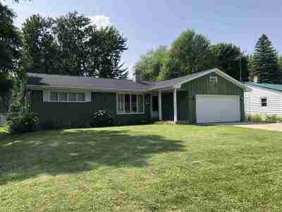 Shawano Single Family Home Active-No Offer: 631 N Smalley