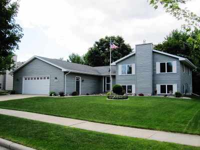 Kaukauna Single Family Home Active-No Offer