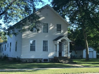 Oconto County Single Family Home Active-No Offer: 823 Madison