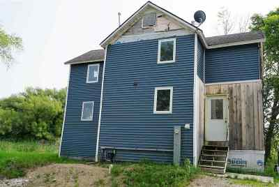 Oconto County Single Family Home Active-No Offer: 7496 Hwy Y