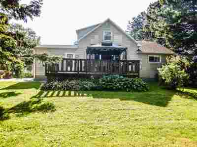 Oconto County Single Family Home Active-No Offer: 9069 Hogsback