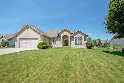 Appleton Single Family Home Active-Offer No Bump: 5492 W Serenity