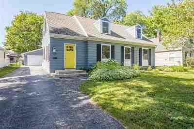 Appleton Single Family Home Active-No Offer: 1139 Oakcrest