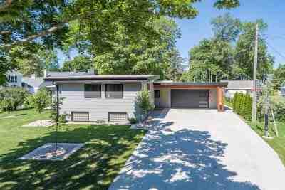 Appleton Single Family Home Active-Offer No Bump: 1323 Oakcrest
