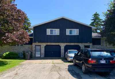 Appleton Multi Family Home Active-Offer No Bump: W5881 Manitowoc
