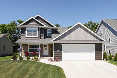 Neenah Single Family Home Active-No Offer: 2673 Cavalry